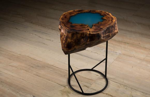 Blue Lagoon Woodlog Table