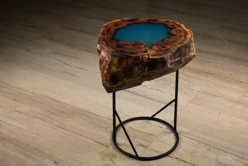 Blue Lagoon Woodlog Table