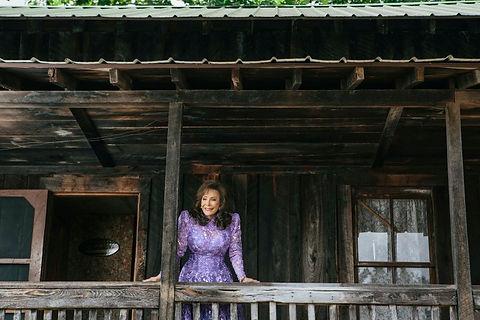 Loretta Lynn at Butcher Holler Cabin Dav