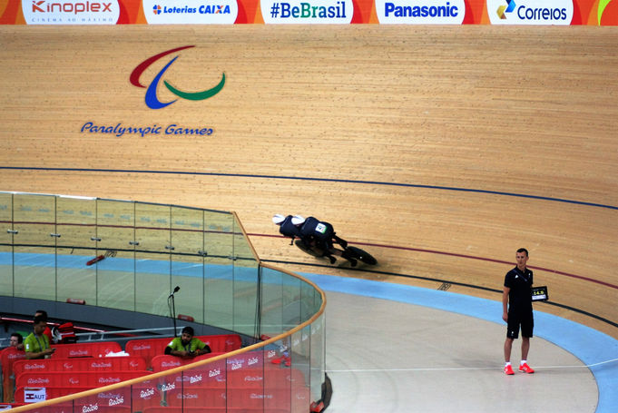 Our coach Dan Henchy giving us splits during the gold medal ride in Rio 2016