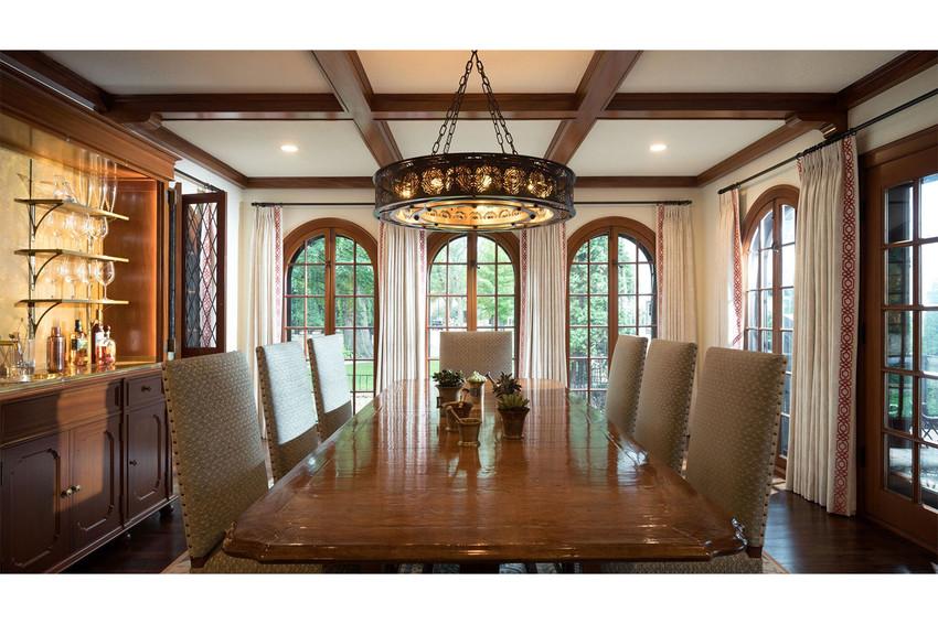 Martha Dayton Design: Classic Tudor