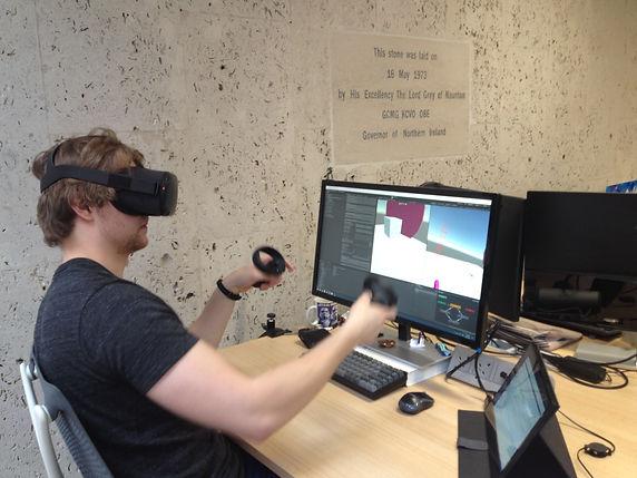 Dan VR.JPG