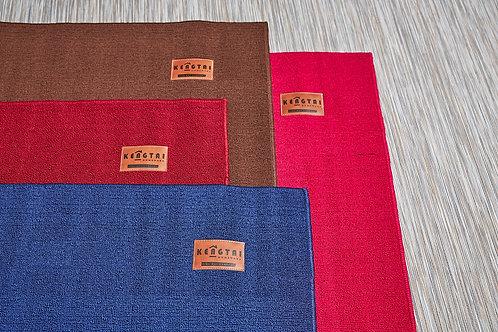 皮革標地毯