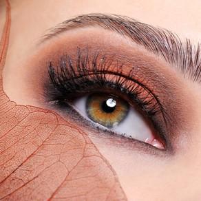 Tendances hiver 2020/2021 : Les yeux et le teint glowy !