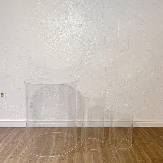 Ghost Round Plinth