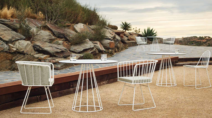 ILLA Dining chairs and table