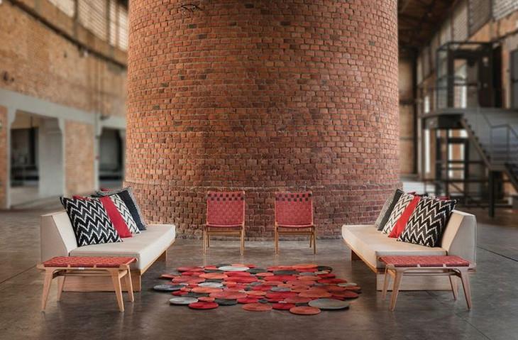 Padang lounge chair with Oslo sofa.
