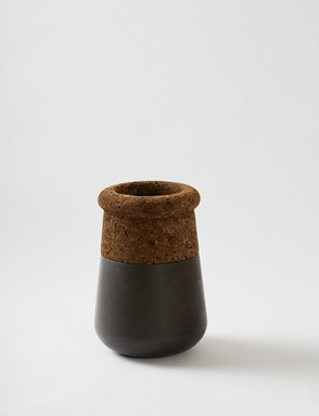 Table Top Soma - Black Concrete
