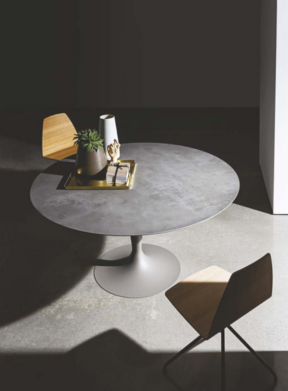 Flute dining table