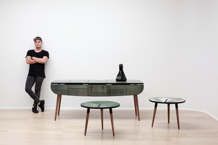 Ceramic drop-leaf dining table .JPG