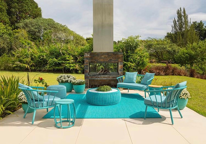 Biarritz lounge chairs and sofa with Sof
