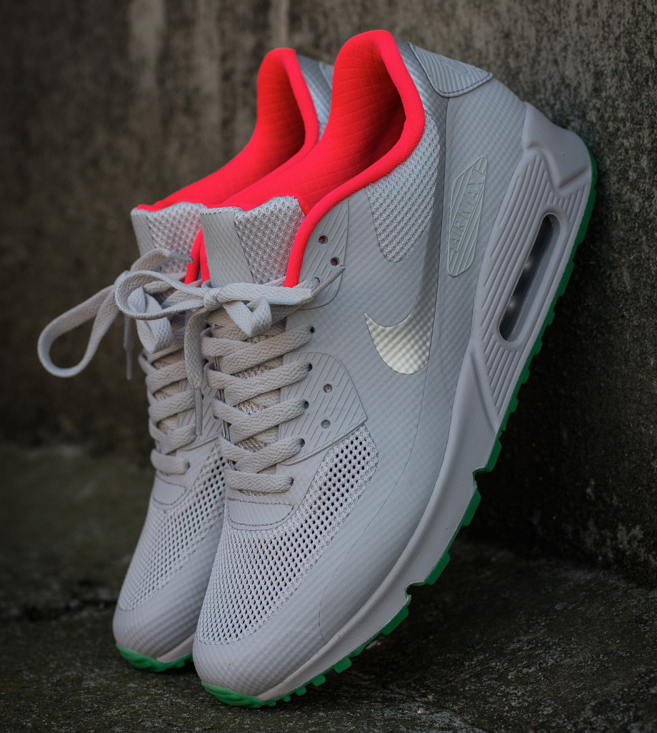huge selection of b0962 23fb8 Air Max Yeezy 90 leoncamier.co.uk