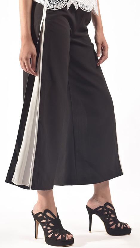 Adamaris Pleated Trouser