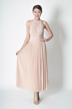 Diani Pleated Maxi Dress in Cream & Black