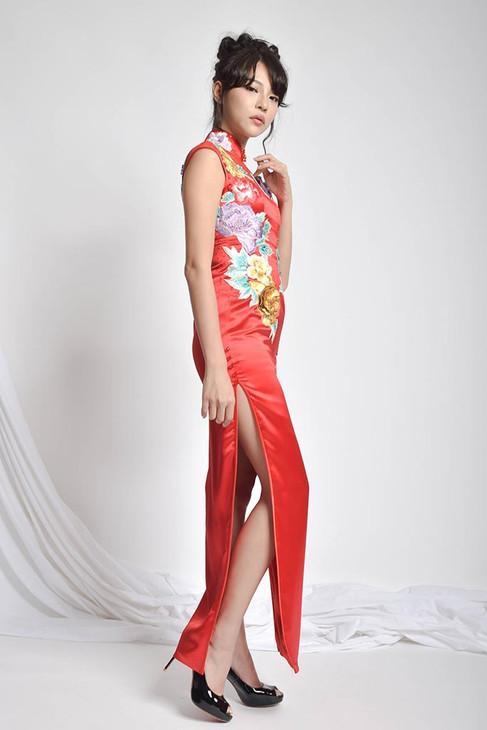 Netella Embroidered Cheongsam Silk Gown