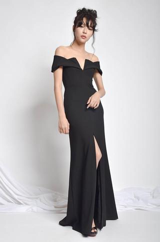 Betyca Off Shoulder V Neck Dress