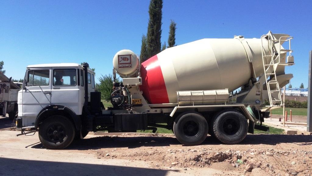 Camión hormigonero