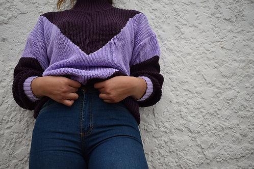 Suéter combinado con franjas triangulares Morado y Lila
