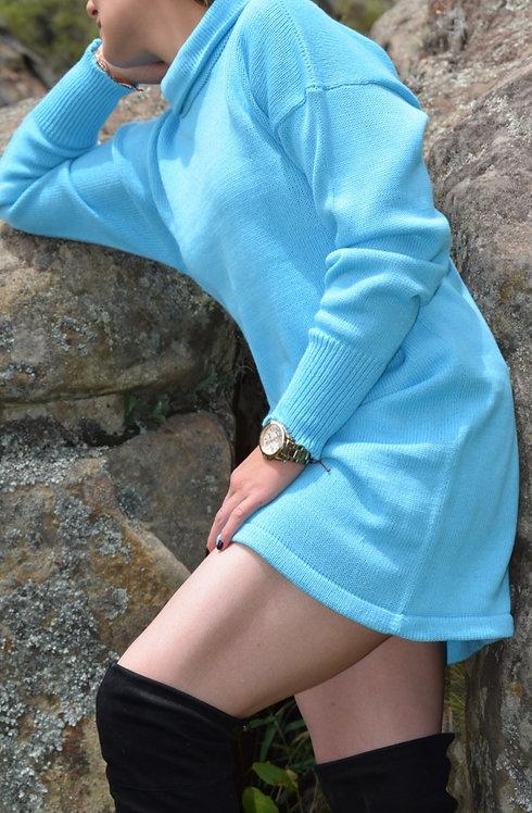 Suéter largo azul aguamarina