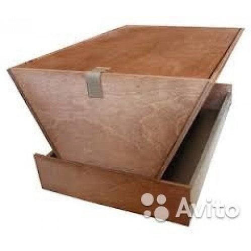 Кормушка деревянная (большая)