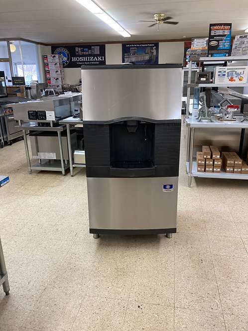 Manitowoc Ice and Water Dispenser
