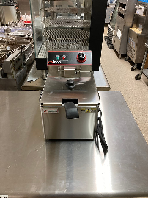 Winco  Countertop Electric Fryer (EFS-16)