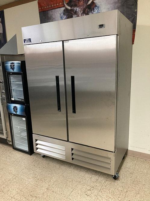 Arctic Air 2 Door Freezer (AF49)