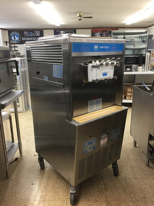 Taylor 754 Soft Serve Frozen Yogurt Ice Cream Machine