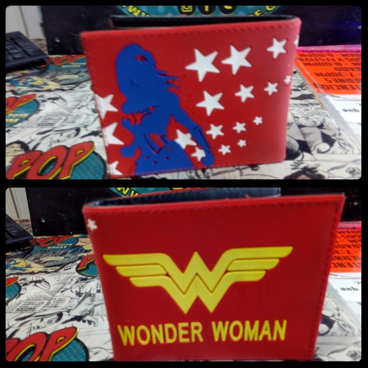 Billetera Mujer Maravilla 11