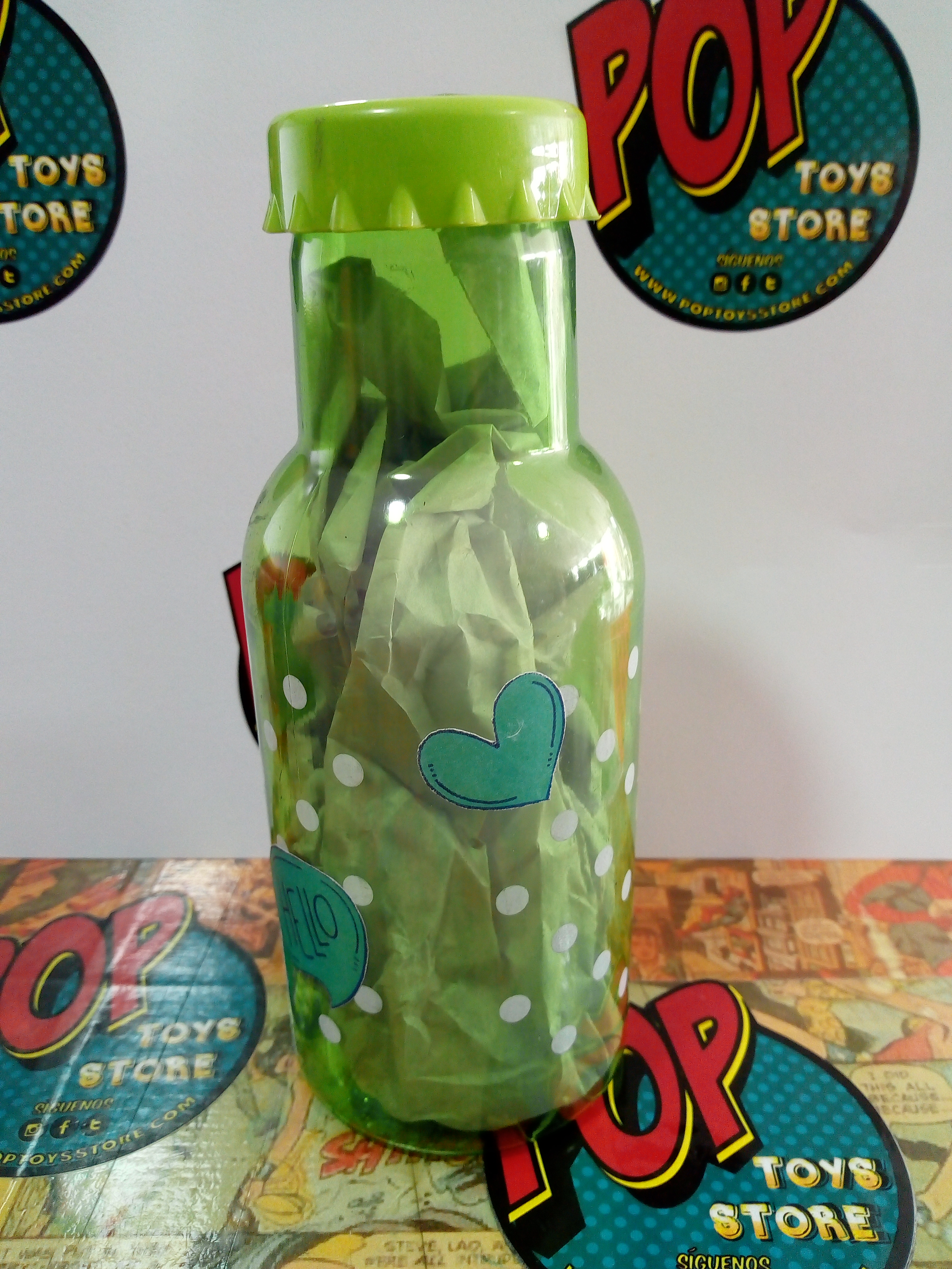 Botella plastica puntos