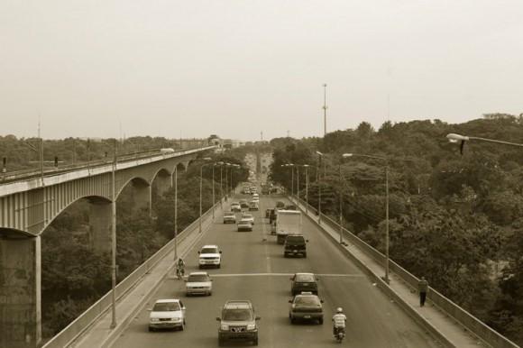 Puente Francisco J. Peynado