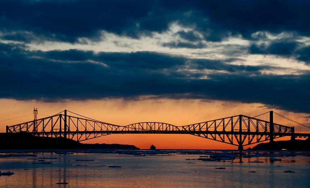 Puente de Quebec, Canada