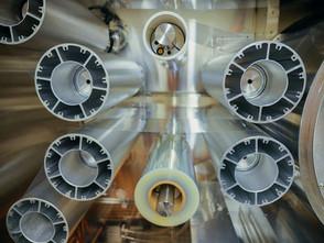 Metamaterial Para Reflejar la Energía Solar e Irradiar el Calor de Estructuras