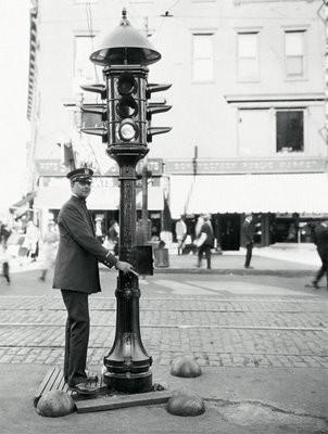 Primer Semáforo de USA en Ohio