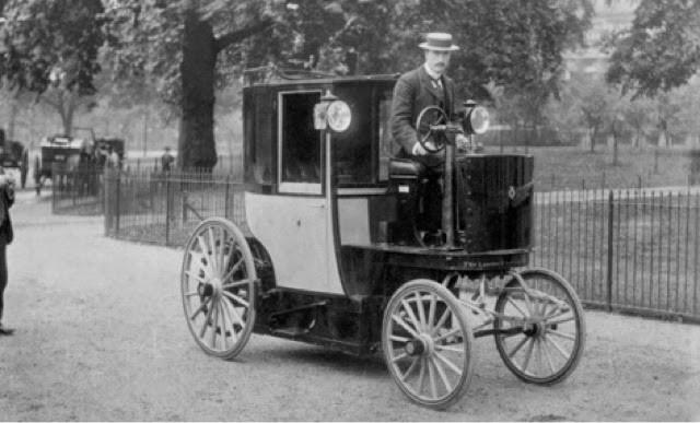 1er Taxi Eléctrico de Londres diseñado por Walter Bersey