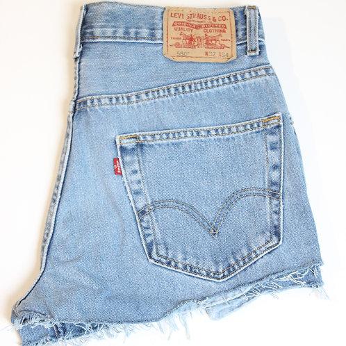 550 Levi Shorts W32