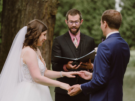 What is the Difference Between an Officiant and a Celebrant?