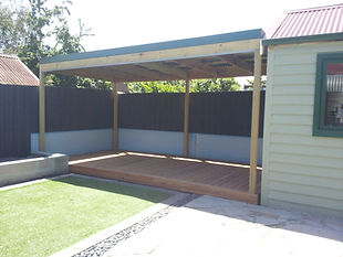 Barakula Gum Deck with Timber framed Pergola