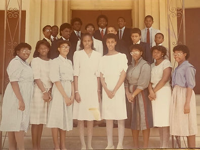 Riché Richardson, front row, 4th from left, with graduating class at St. John the Baptist Catholic School in May of 1985