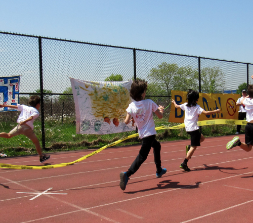 Running races at Red Hook Track