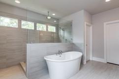028_Master Bathroom.jpg