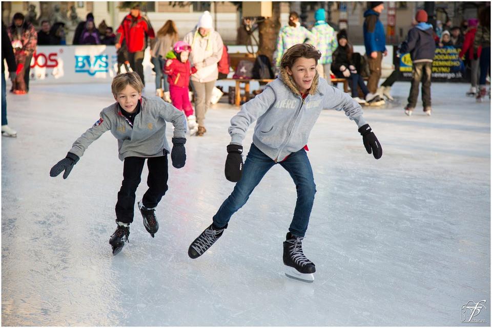 ice-skating-235547_960_720