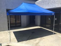 10'x15' blue pop-up tent