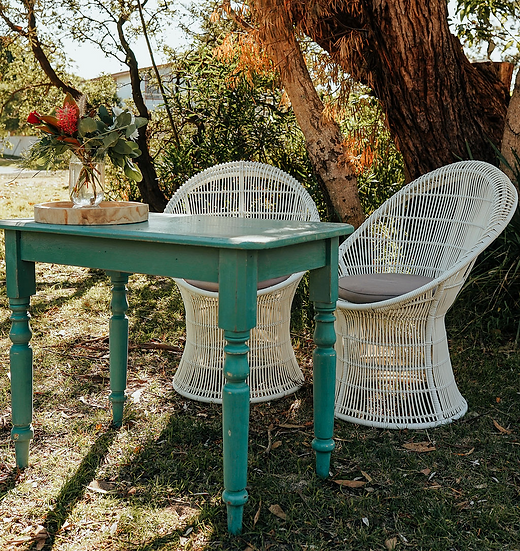 White Bahama Chair Signing Set