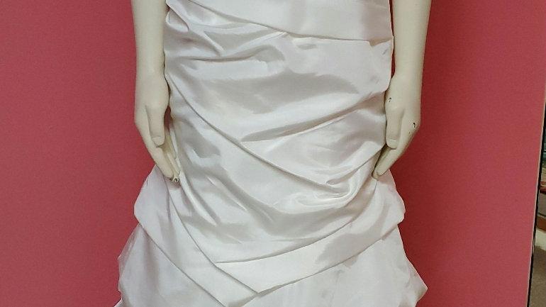 NWT Wedding gown size 10