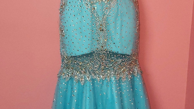 NWT Angela & Alison Gown size 0