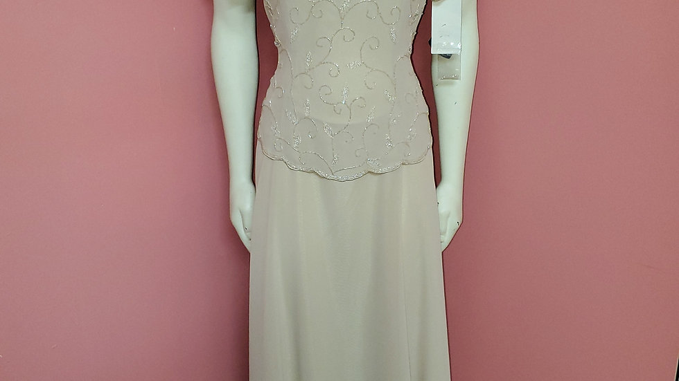 NWT Mother of Dress size L