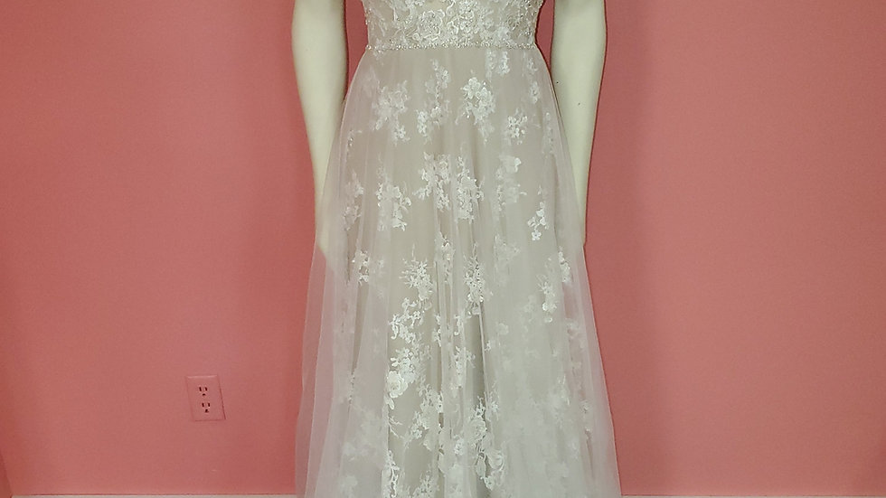 NWT Allure Couture size 8