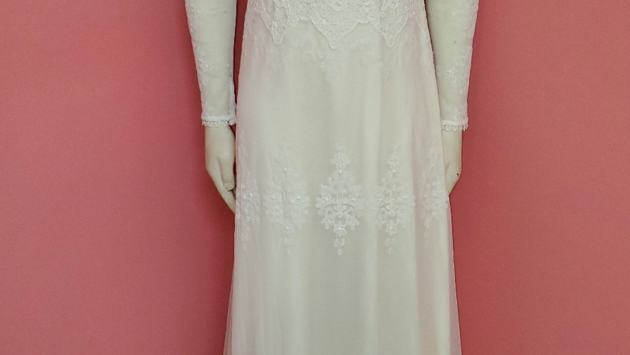 NWT Dreamers and Lovers size 8