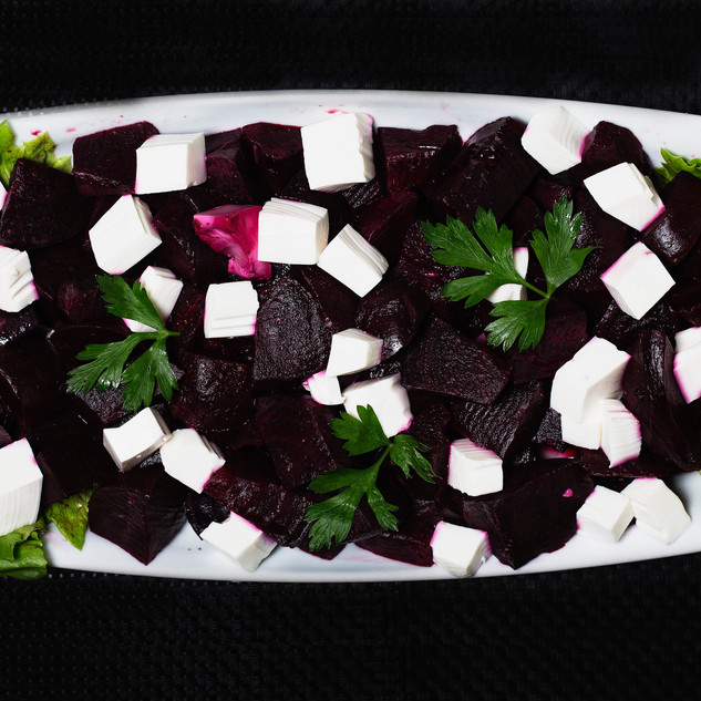 Salada de beterraba e queijo fresco.jpg